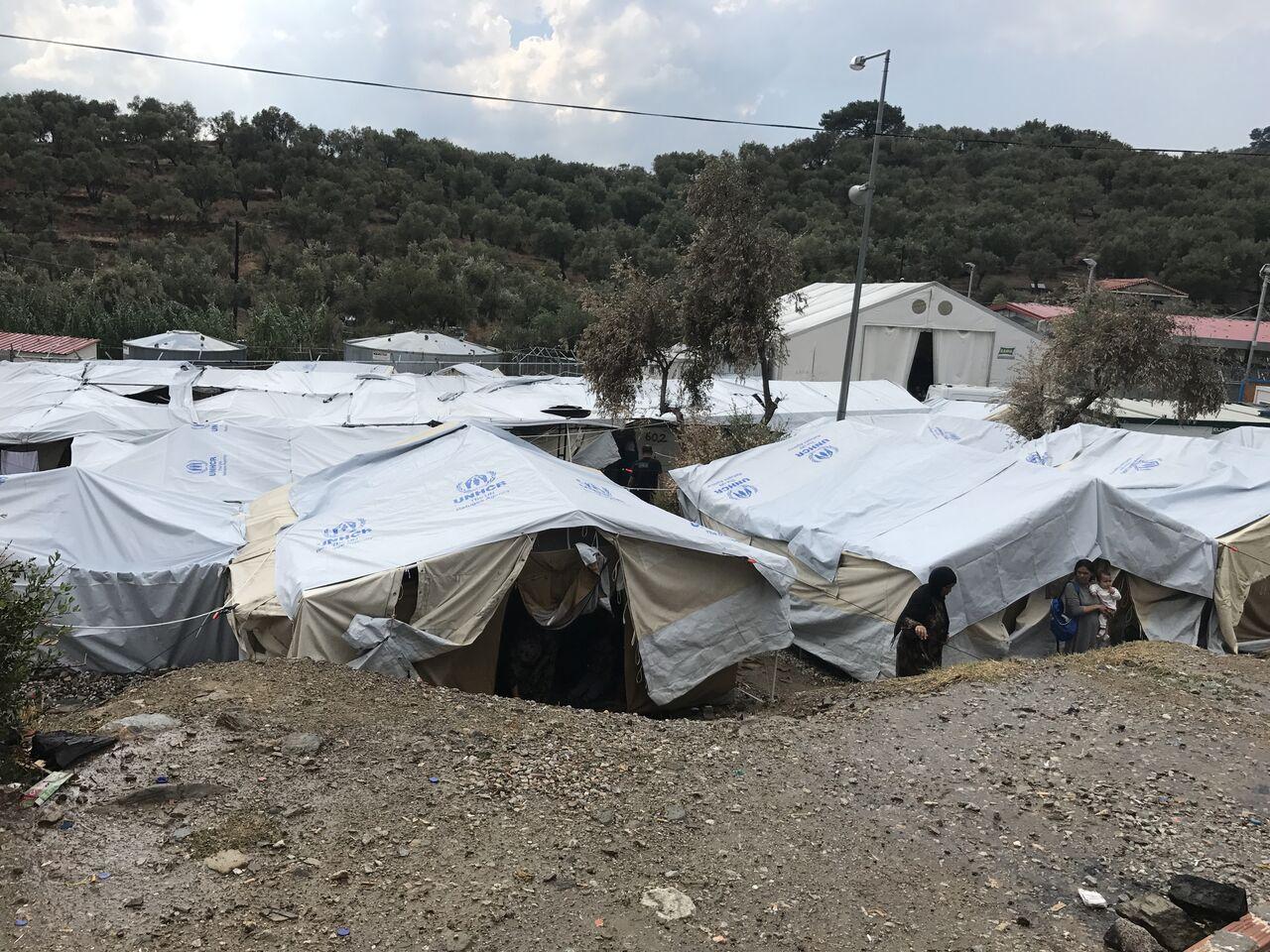 Επείγουσα Ανάγκη να Μεταφερθούν οι Πρόσφυγες από τα Νησιά