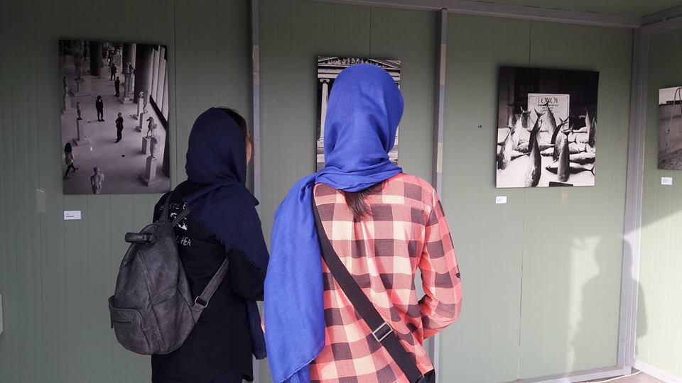 Η Κάριτας Ελλάς επισκέπτεται τη φωτογραφική έκθεση «Και τι θα γινόταν αν;»