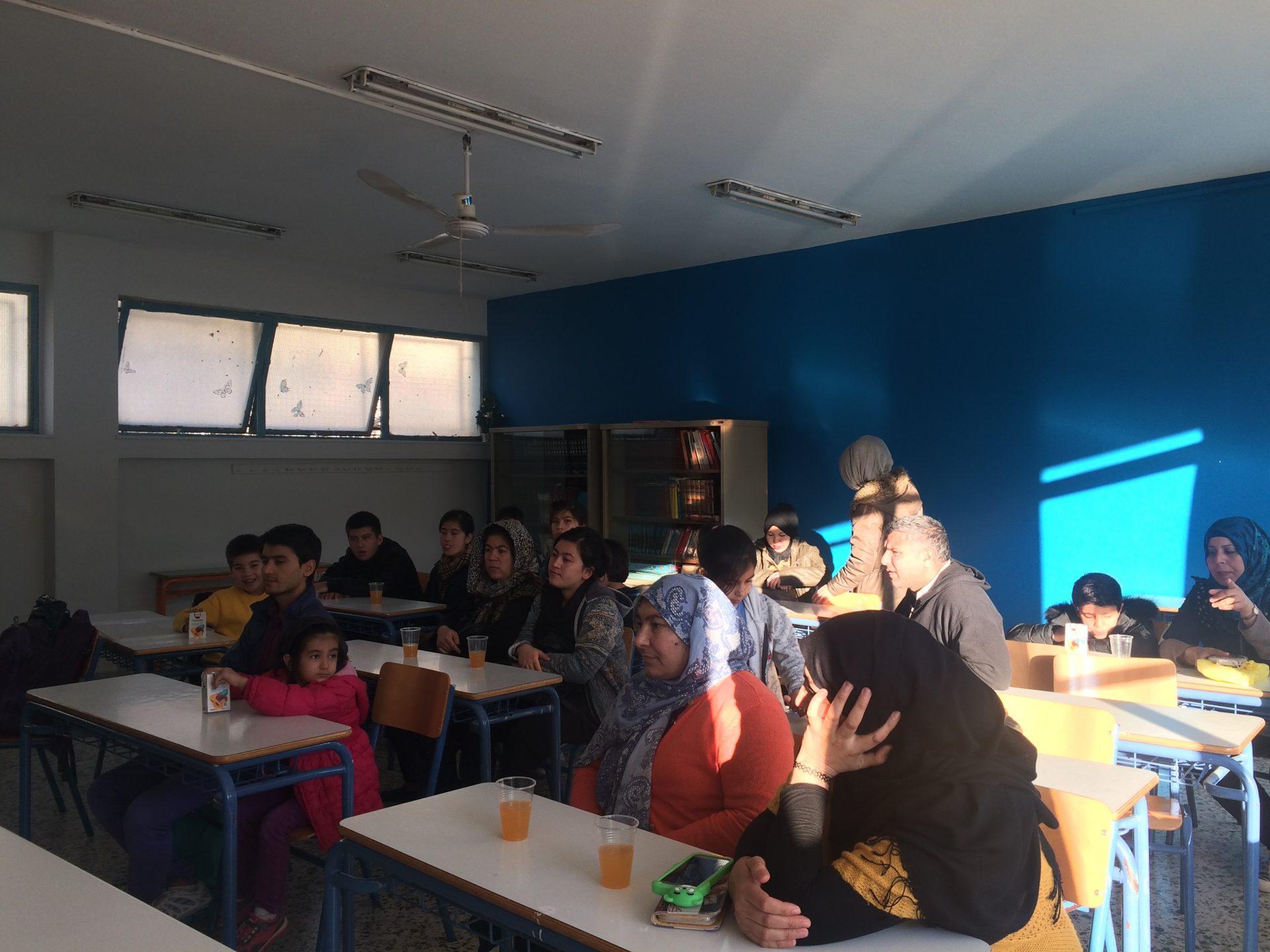 Μαθήματα ελληνικών και ενισχυτική διδασκαλία σε συνεργασία με το «Open School»