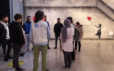 "The group of ""Discover Athens"" to the exhibition ""The World of Banksy"