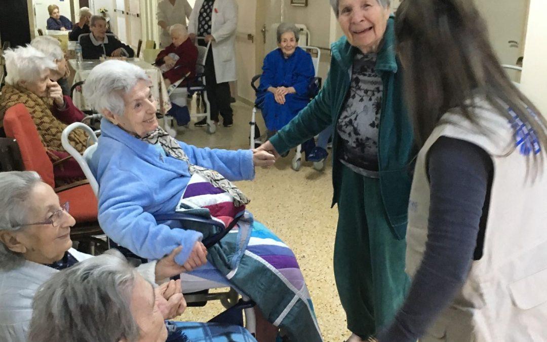"""Visit to the """"Timios Stavros"""" Nursing Home"""